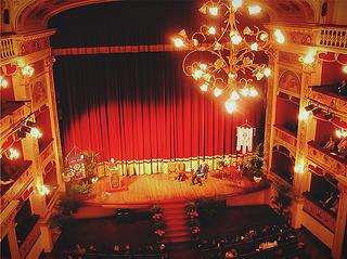 """Teatro """"Pirandello"""": commemorato l'anniversario di Sciascia e Lampedusa, le due colonne portanti della letteratura."""
