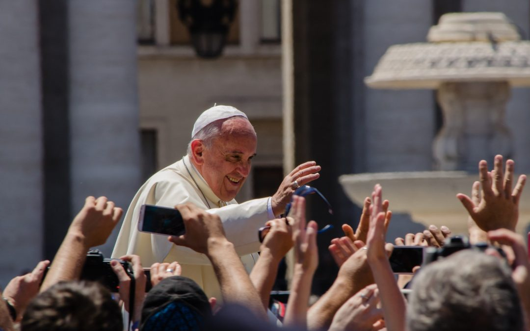 """""""Iniziare processi più che possedere spazi"""".  La rilevanza del pensiero politico di Papa Francesco"""