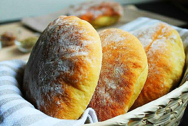 """""""A Muffuletta""""(o muffuletto): un elogio alla Sicilia e alla sua diversità"""