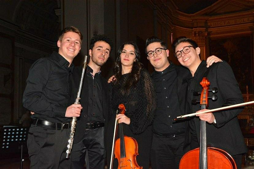 """Le note positive del Natale 2019: """"OverStaff"""", i giovanissimi del gruppo musicale  di Caltanissetta"""