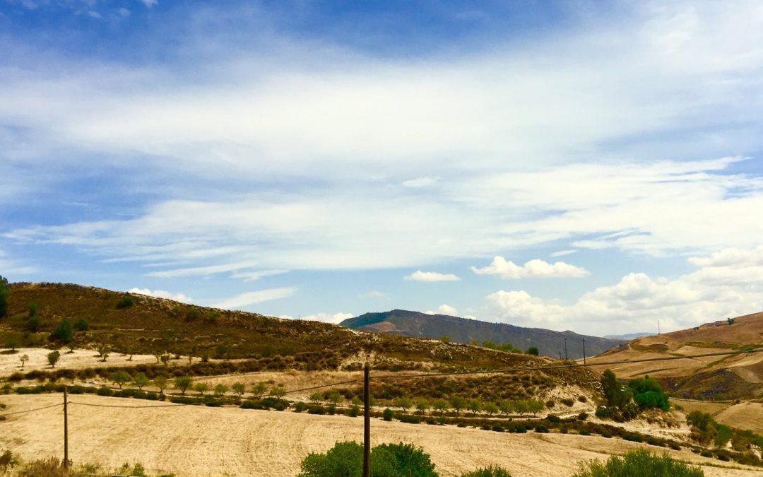 La Valle delle Miniere e il Cimitero dei Carusi: le Vie dei Tesori replica il trekking delle miniere